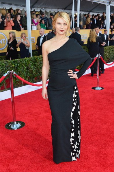 LOS ANGELES, CA - JANUARY 27:  Actress Claire Danes arrives at the 19th Annual Screen Actors Guild Awards held at The Shrine Auditorium on January 27, 2013 in Los Angeles, California.  (Photo by Alberto E. Rodriguez/Getty Images)