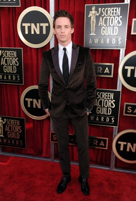 LOS ANGELES, CA - JANUARY 27: Actor Eddie Redmayne attends the 19th Annual Screen Actors Guild Awards at The Shrine Auditorium on January 27, 2013 in Los Angeles, California. (Photo by Dimitrios Kambouris/WireImage) 23116_013_0583.jpg