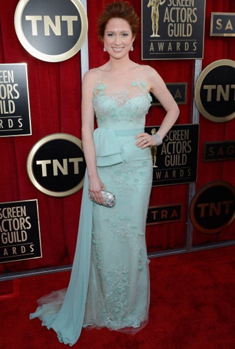 LOS ANGELES, CA - JANUARY 27:  Actress Ellie Kemper arrives at the 19th Annual Screen Actors Guild Awards held at The Shrine Auditorium on January 27, 2013 in Los Angeles, California.  (Photo by Kevork Djansezian/Getty Images)