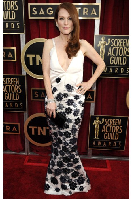 LOS ANGELES, CA - JANUARY 27:  Julianne Moore attends the 19th Annual Screen Actors Guild Awards at The Shrine Auditorium on January 27, 2013 in Los Angeles, California. (Photo by Kevin Mazur/WireImage) 23116_016_0599.jpg