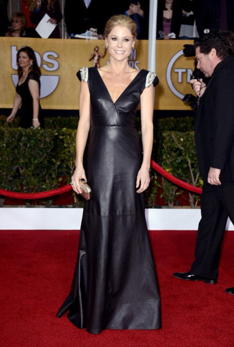 LOS ANGELES, CA - JANUARY 27:  Actress Julie Bowen arrives at the 19th Annual Screen Actors Guild Awards held at The Shrine Auditorium on January 27, 2013 in Los Angeles, California.  (Photo by Frazer Harrison/Getty Images)