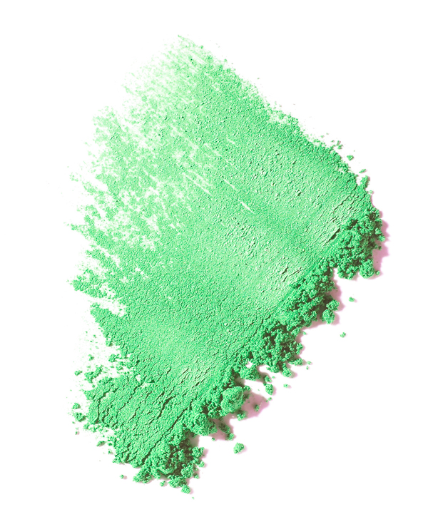 022_A_Still_Life_Product_Photographer_Pedersen_cosmetic_beauty_makeup_powder_spill_eye_shadow_sparkle_crumble_blob_compactx