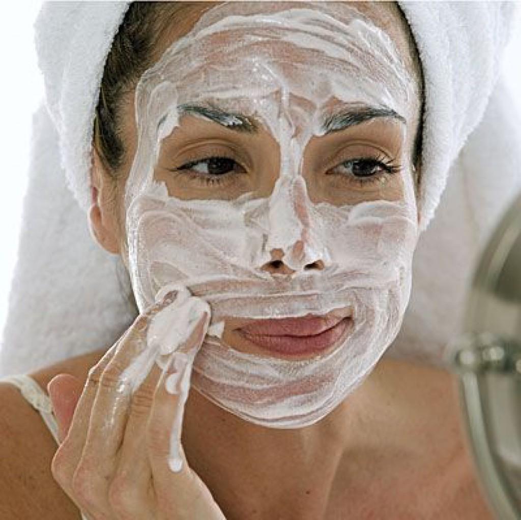 Лучшие маски для лица со сметаной в домашних условиях 46