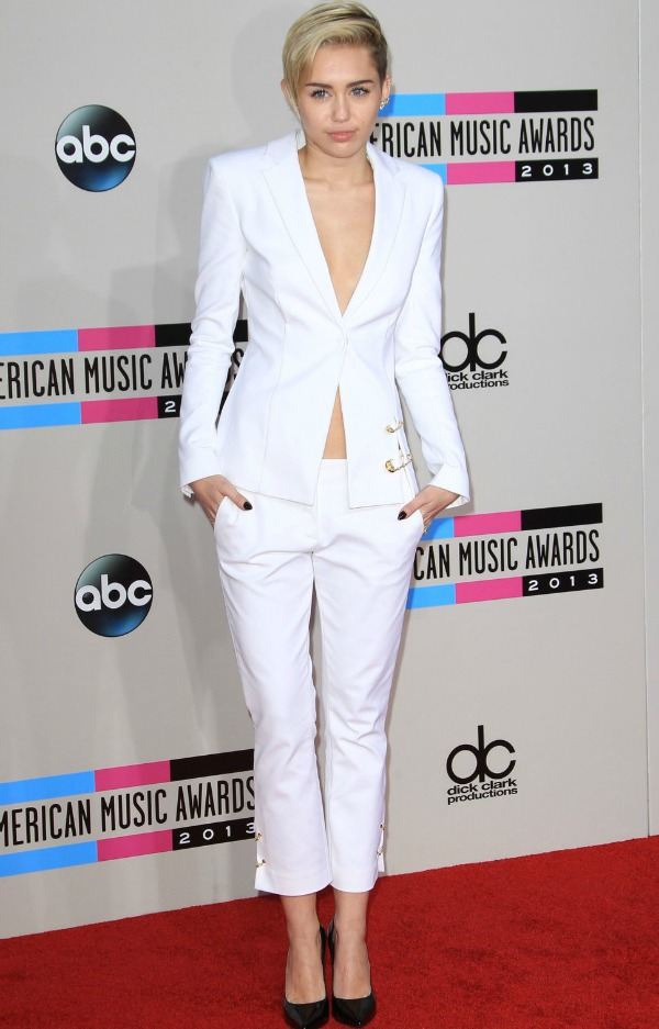 2013_american_music_awards_bes