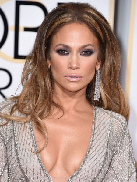 Jennifer-Lopez-Golden-Globe-Awards-2015-JLo-boobs-breasts-topless-1-830x1011