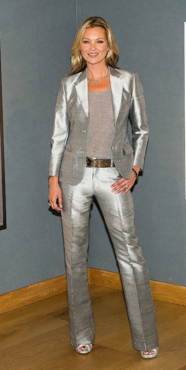 Kate-Moss-unveiled-her-Christie-auction-slim-metallic-suit