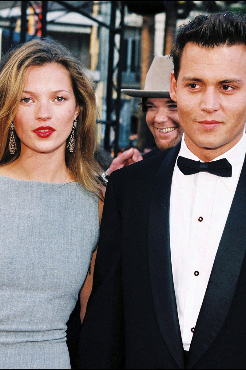 54ab50bbbc3f2_-_elle-kate-moss-johnny-depp-may-10-1997-xln-44679611-xln