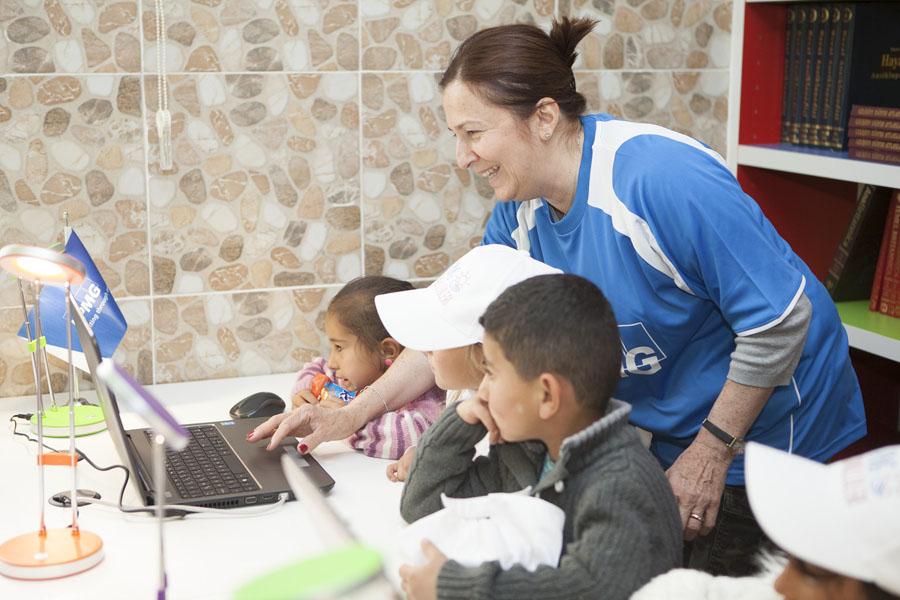 Türkeli İlkokulu KPMG Gönüllüleri Kütüphane Açılışı (5)