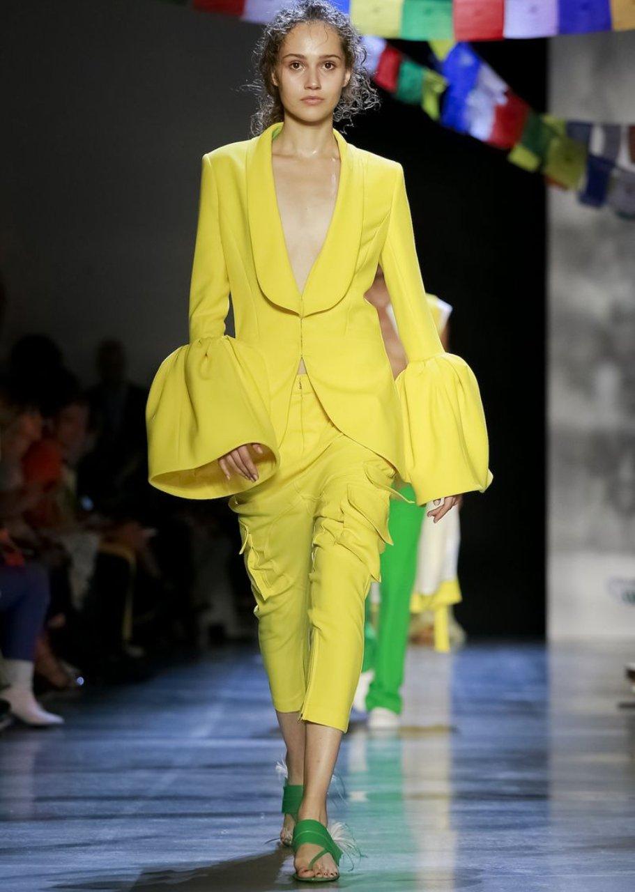 2019 Yaz modası için 15 en iyi ruj renkleri